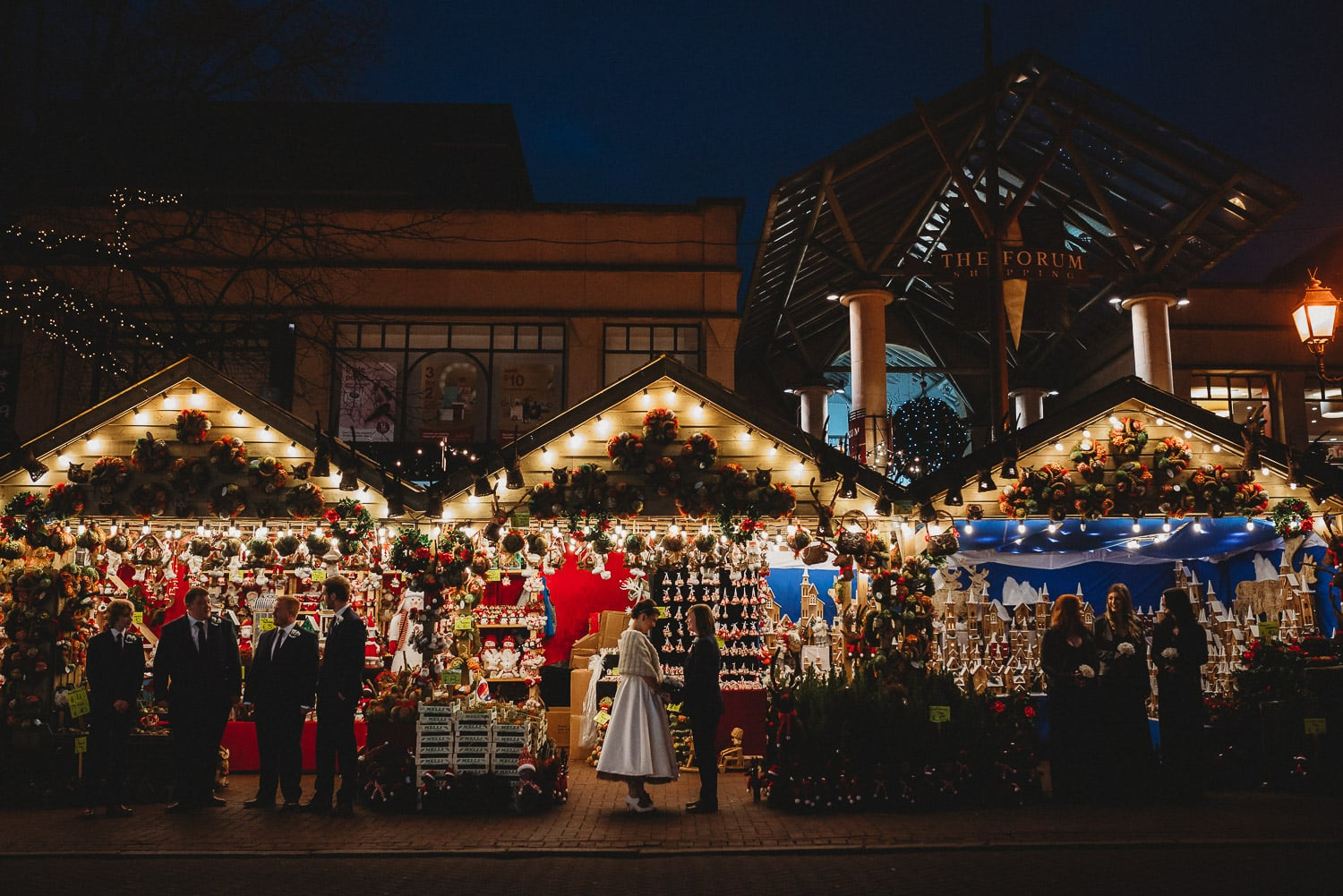 How to pick your Winter Wedding Photographer