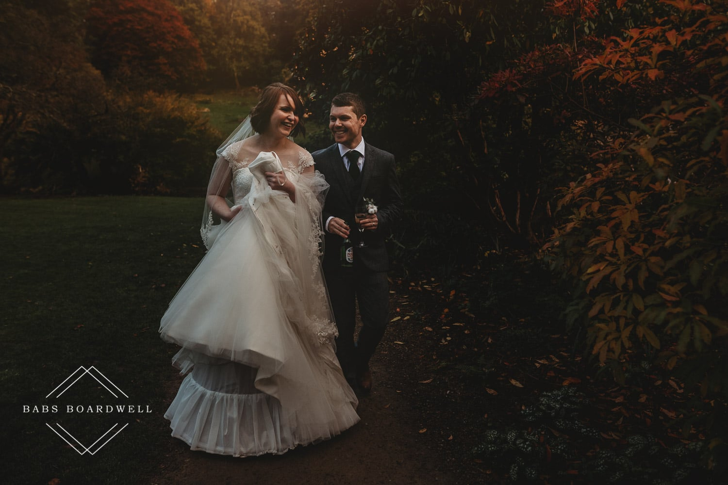 Photriya Photography Cost For Wedding: How Much Should A Wedding Photographer Cost?