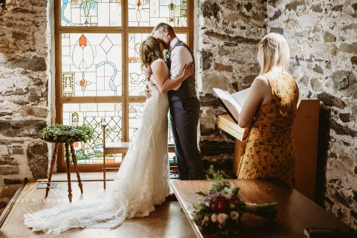 Steve & Claire's beautiful wedding day at Llyn Gwynant