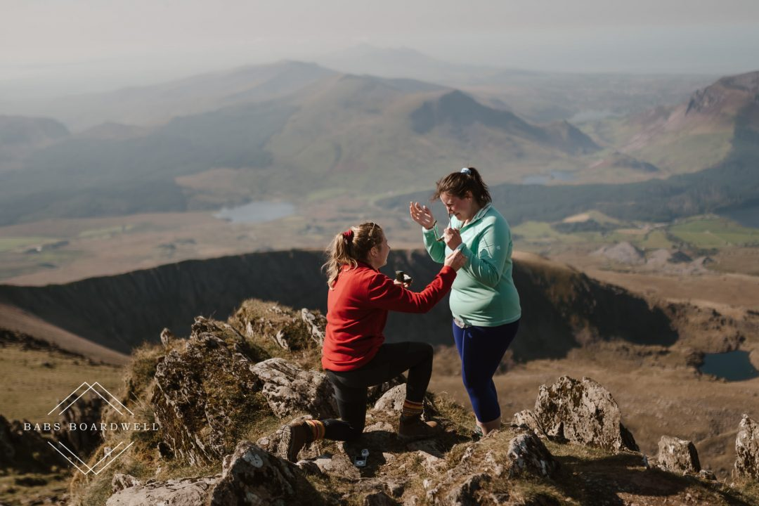 surprise proposal on top of Snowdonia