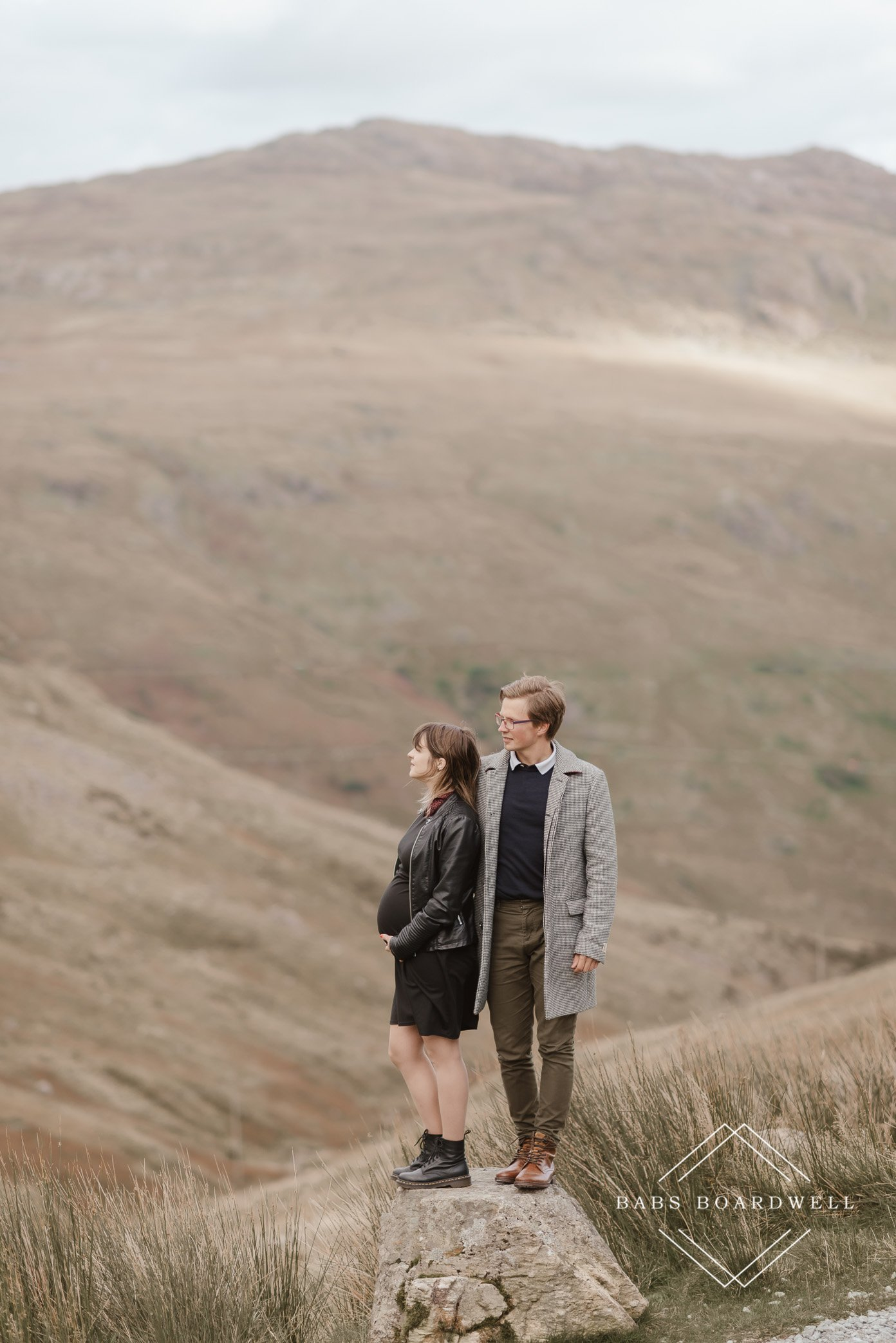 beautiful maternity photography in Snowdonia