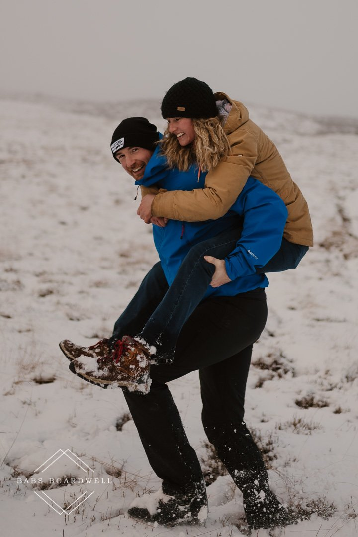 Fun couple session in the snow