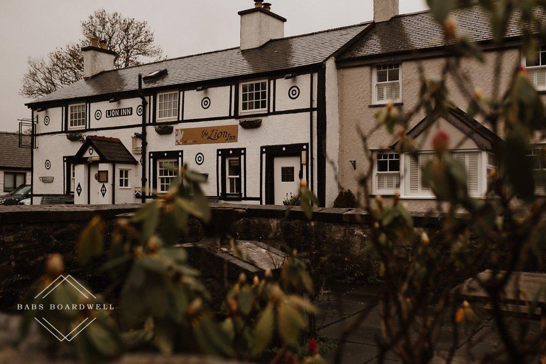 Pub in Gwytherin
